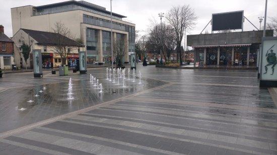 Dundalk, Ireland: Main