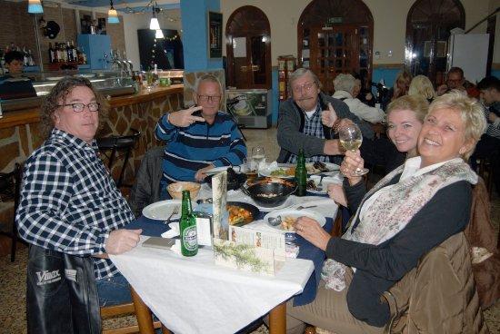 La Nucia, España: ENJOYING A FANTASTIC DINNER