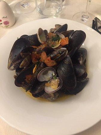 Vibo Valentia, Italien: Hedò Restaurant Fish