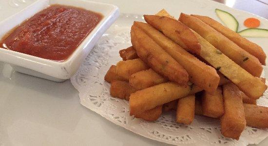Il Mirto e la Rosa: Fiammiferi di panelle con salsa chutney