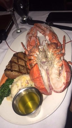 Bass Lake, CA: steak and lobster