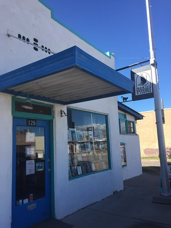 Truth or Consequences, NM: Black Cat Books & Coffee