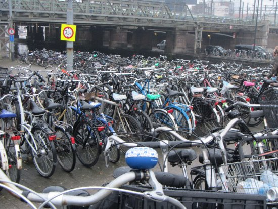 Ibis Amsterdam Centre: bicycles out front