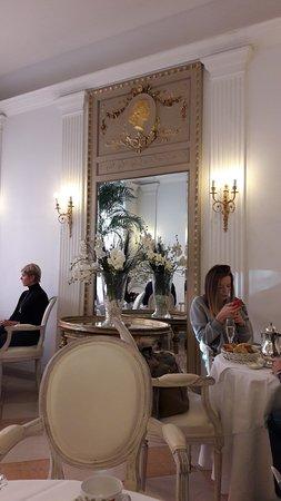 Hotel Opera: Frühstückszimmer