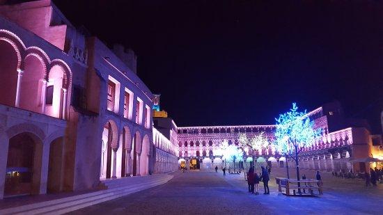 Iluminadas por navidad preciosas fotografa de Casas Consistoriales
