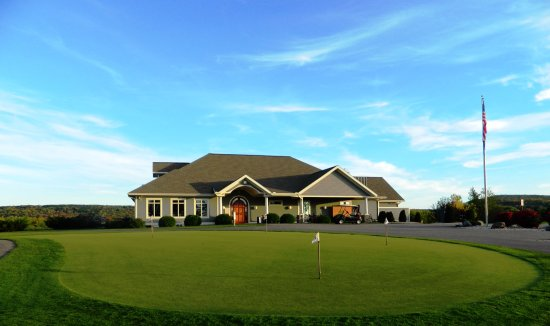 Fore Seasons Restaurant : A beautiful day at the BCC!