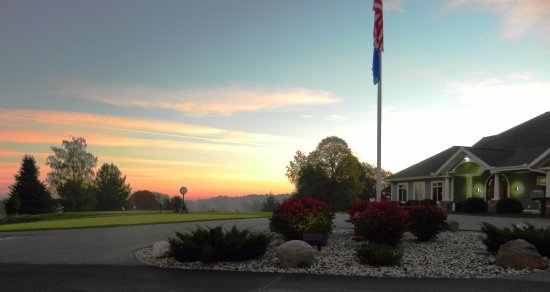 Fore Seasons Restaurant : The sun rises on another day at the BCC.