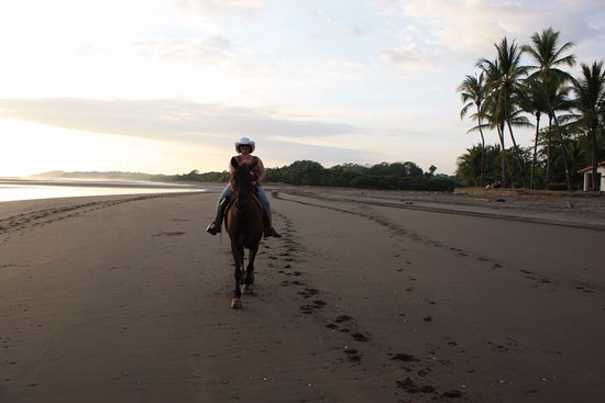 Esterillos Este, Costa Rica: Sunset ride!
