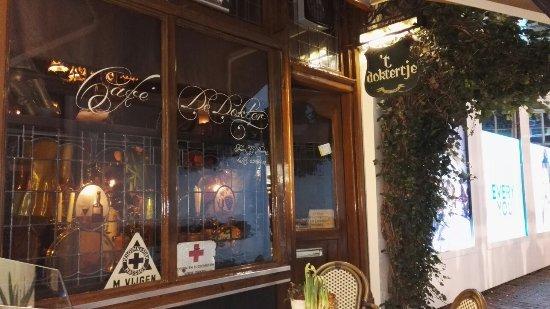 Cafe De Doktor
