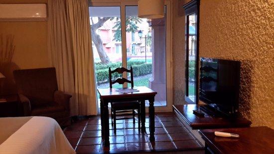 Real de Minas San Miguel de Allende: Habitaciones amplias, luminosas y con salida al exterior
