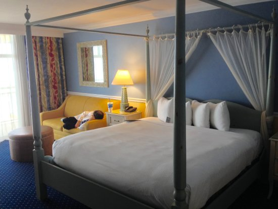 The Shores Resort & Spa: Relaxing rooms!