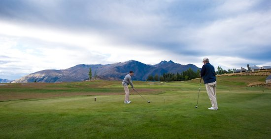 Arrowtown, New Zealand: First hole