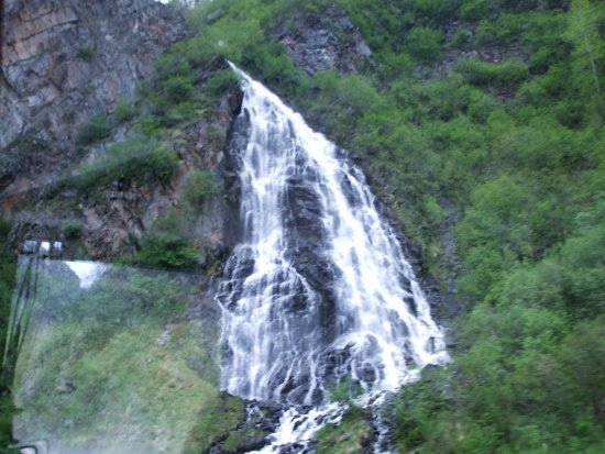 Valdez, Alaska: Keystone Canyon - view of Horsetail Falls flowing down into the Lowe River in the canyon below