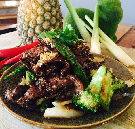 Edge Hill, Australia: Samgasat Thai Cuisine by Tom
