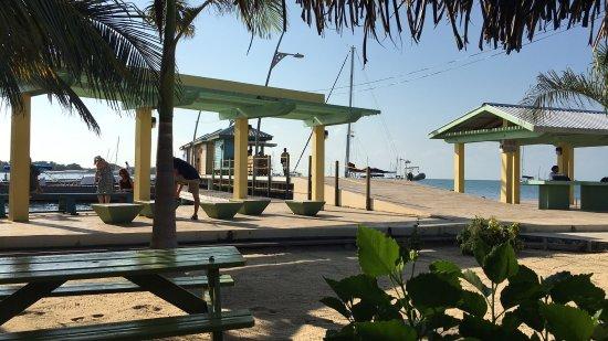 Πλασένθια, Μπελίζ: View from pier