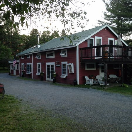 Abbotts Glen Clothing-Optional Inn and Campground