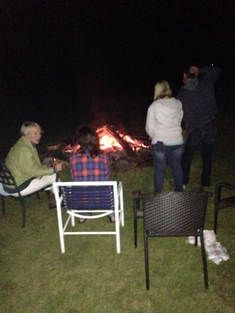 West Halifax, Βερμόντ: Friday night bonfire