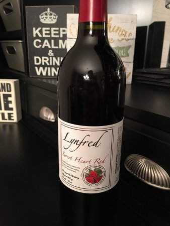 Lynfred Winery: photo0.jpg