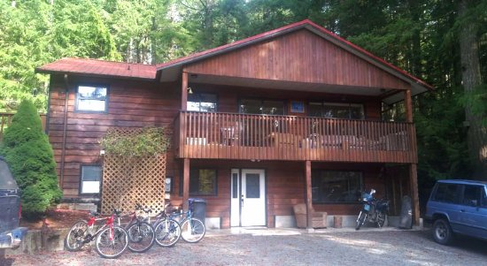 Cowichan Valley Hostel