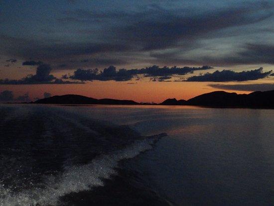 Kununurra, Australia: Lake Argyle Cruises - photos by Lelly