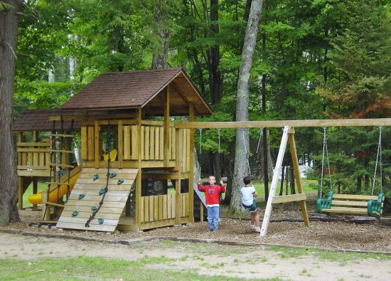 Eagle River, WI: Play Center