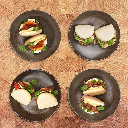 Mount Wellington, Selandia Baru: Hirata Buns - Fluffy, asian buns served with japanese mayo and coriander
