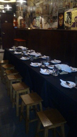Porto District, Portugal: Dinner reservation with nice group!