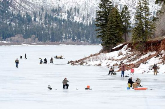 Pine River Lodge: Annual February Ice Fishing Tournament