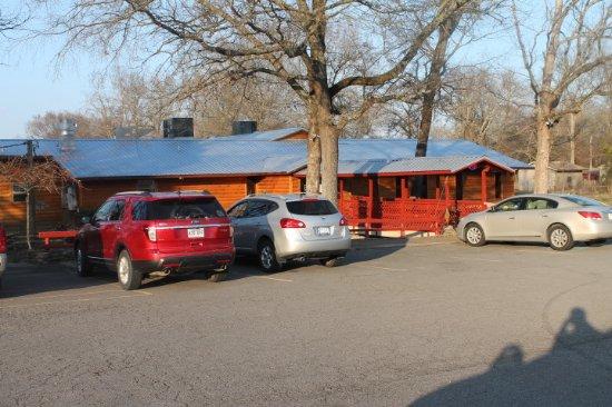Conway, AR: Plenty of Parking