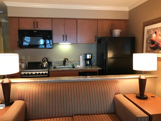 Hallmark Resort Cannon Beach: Kitchenette