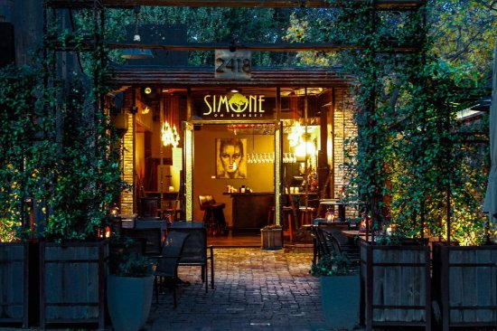 Photo of Restaurant Simone On Sunset at 2418 Sunset Blvd, Houston, TX 77005, United States
