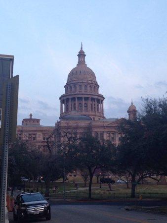 State Capitol: photo0.jpg