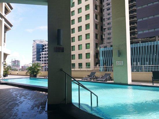 Mandarin plaza hotel updated 2017 prices reviews cebu - Mandarin hotel cebu swimming pool ...