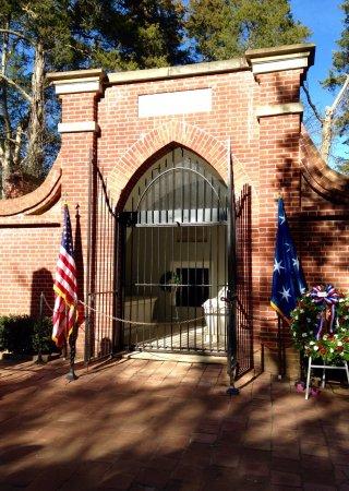 Mount Vernon, VA: George Washington's Birthday celebration.