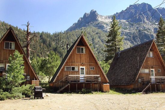 June Lake, CA: Cabins in the summertime