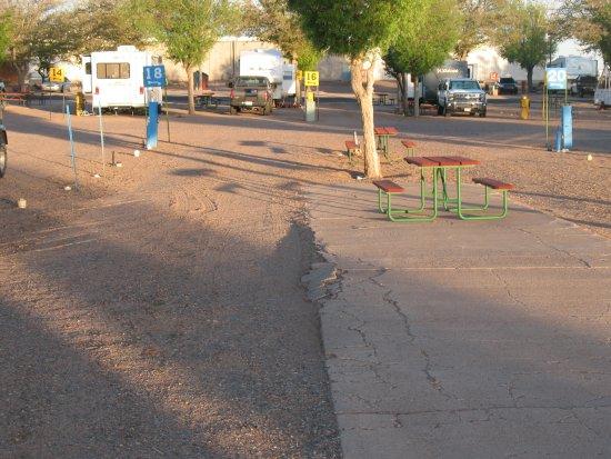 OK RV Park: Gravel Site With Broken/cracked Asphalt Patio U0026 Picnic Table
