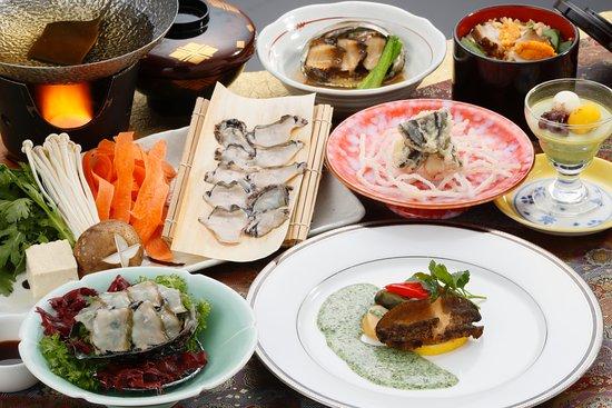 Shizukuishi-cho, Japan: 三陸産の鮑をたっぷりと使用した鮑御膳