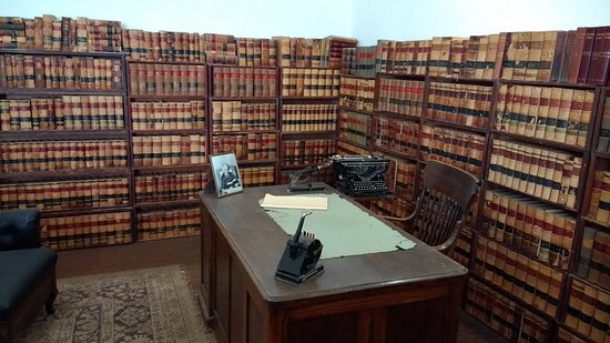Tombstone Courthouse State Historic Park: Law Library