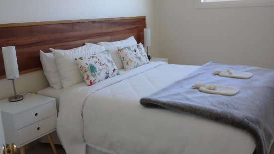 Stanley, Australia: One bedroom - second bedroom just as lovely