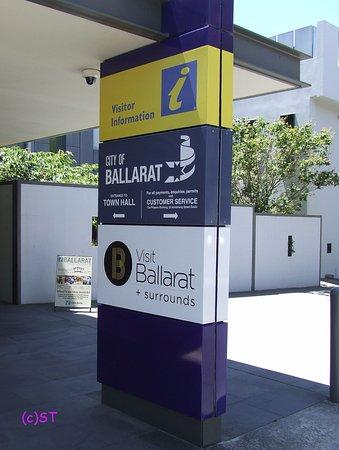 Ballarat, Australia: next to Town Hall