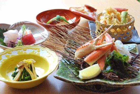 Rihga Royal Hotel Niihama: 日本料理 夕桐「季節会席」イメージ