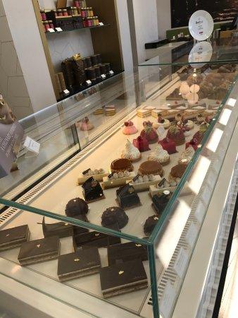 Cafe Bateel - Al Bida'a, Kuwait City - Restaurant Reviews