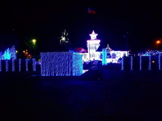 Kawit, Philippines: changing lights