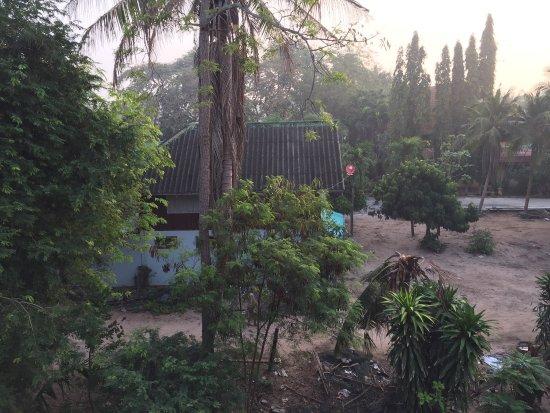 Ban Nam Mao Resort : photo2.jpg