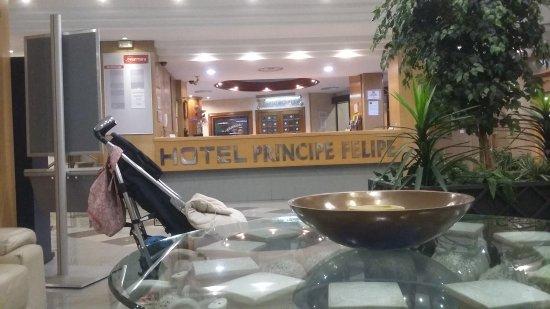 Hotel Principe Felipe: 20170218_221813_large.jpg