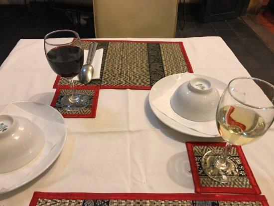 Chamkar: テーブル・セッティング