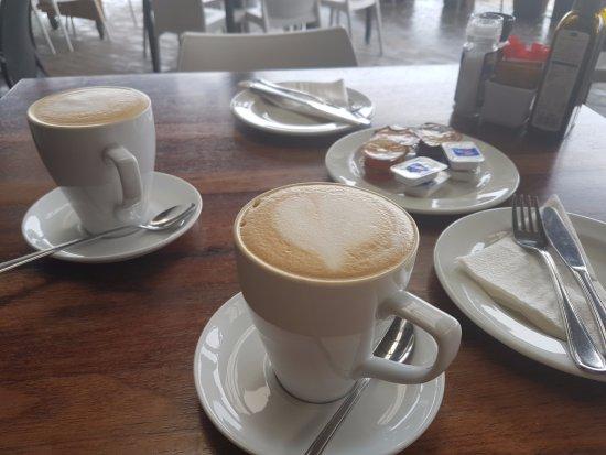 Salt Rock, Sudáfrica: nice cappucini
