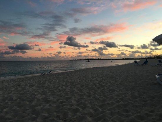 San Salvador: Sunrise 6 à.m Colombus club Med Beach summer 2016