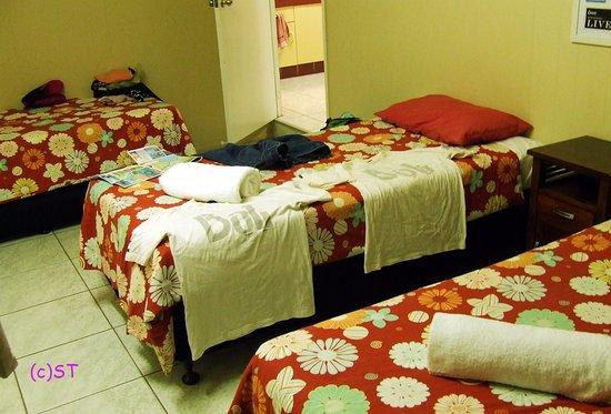 Cannonvale, Australia: single bed x 3