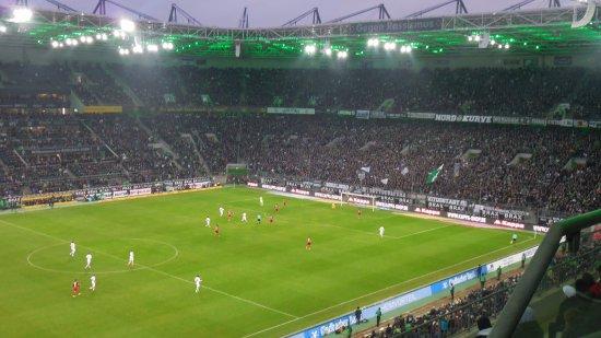 Borussia-Park : Patrick Herrmann scores third goal